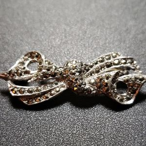 Marcasite bow brooch jewelry, vintage